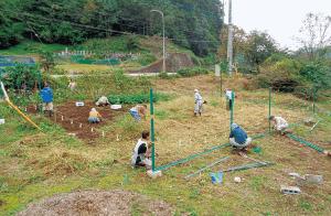 中山間地域で休耕地を整備活用(JAいるま野 吾野支店)